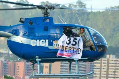 El helicóptero pertenece a la Policía Científica venezolana.