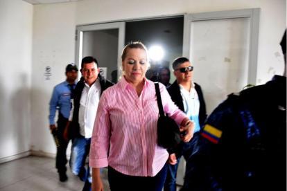 Silvia Gette Ponce a la salida de una audiencia en el Centro de Servicios Judiciales.