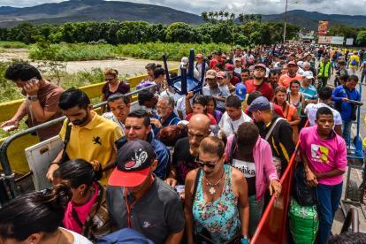 El ingreso de venezolanos a Colombia por el paso fronterizo por Cúcuta se ha incrementado en los 2 últimos días.