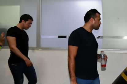 Danilo Rafael Daza Maestre y Andrés Adolfo Villamizar Gómez, capturados por la Policía en el barrio Miramar.