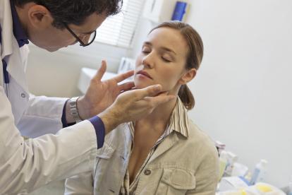 Los expertos recomiendan consultar al médico para evaluar la ubicación.
