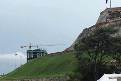 El Proyecto Aquarela Multifamiliar desarrolla la construcción de su primera torre que alcanza los siete pisos.