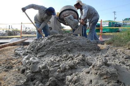 Los precios del cemento gris habrían aumentado hasta en un 30%.