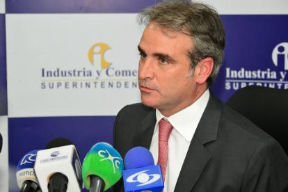 El superintendente de Industria y Comercio, Pablo Felipe Robledo.