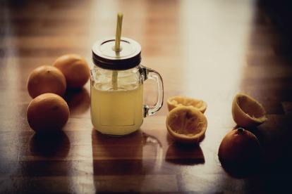 Los expertos nutricionistas de Drink6 recomiendan el té de kombucha que ayuda a eliminar toxinas.