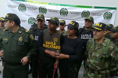 Arnovis Barros y Nailibeth Martínez horas después de ser rescatados por el Gaula.