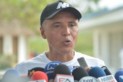 Alexis Mendoza habló con los periodistas en la sede Adela de Char, en Sabanilla, en la mañana de este lunes.