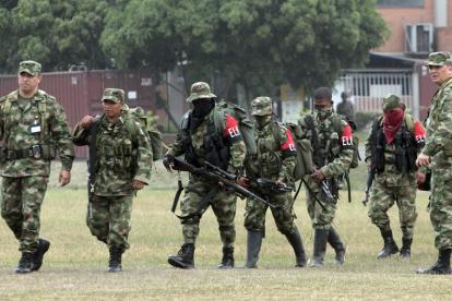 Miembros del Ejército de Liberación Nacional.