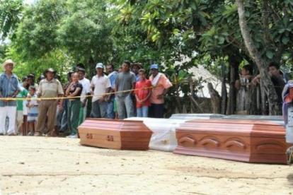 Los cuerpos fueron encontrados degollados en varios riachuelos de la zona.