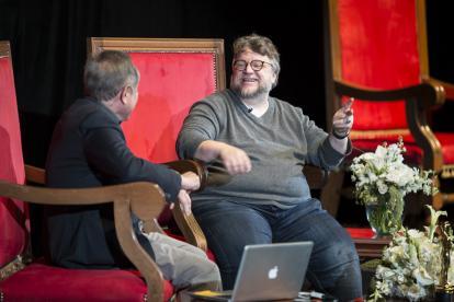 El director mexicano Guillermo del Toro, en la Universidad de Guadalajara.