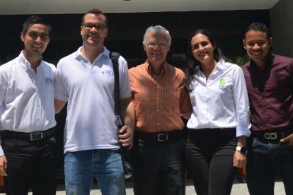 Ignacio Consuegra, Oscar Lacouture Jr, Óscar Lacouture padre, Vanessa Piñeres y Jesús Revuelta.
