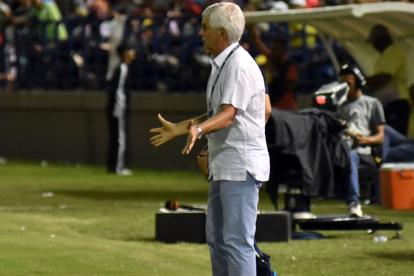 Julio Avelino Comesaña durante el compromiso ante Jaguares.