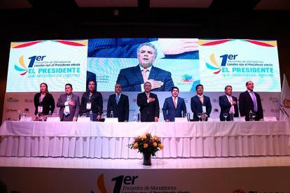 Instalación del encuentro entre el electo presidente, Iván Duque, y 700 alcaldes del país, ayer en Bogotá.