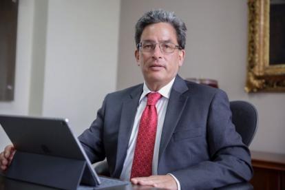 El minhacienda, Alberto Carrasquilla, fue citado a un debate de control político.