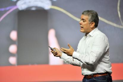Iván Duque, presidente de Colombia, da declaraciones.