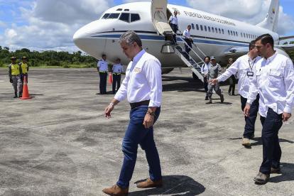 El presidente Iván Duque durante su llegada a Leticia (Amazonas).