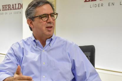 El presidente de Promigas, Eric Flesch, durante su visita a EL HERALDO.