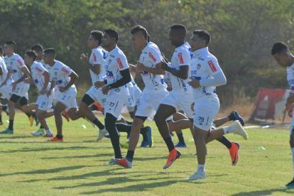 Jugadores del Junior realizan entrenamientos de la pretemporada.