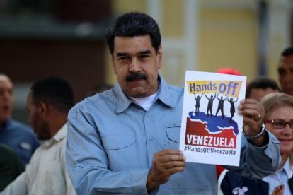 """Maduro este jueves presidió la jornada """"Fuera manos de Venezuela""""."""