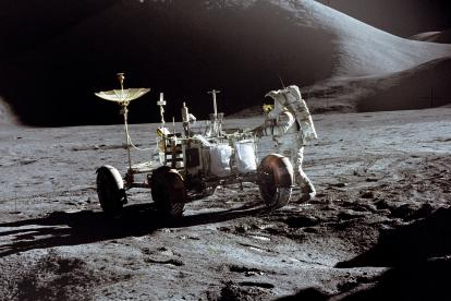 Buzz Aldrin delante del módulo lunar el 20 de julio de 1969. La foto la captó Neil Armstrong.