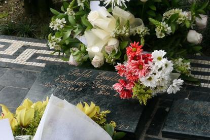 La tumba del asesinado capo Pablo Escobar