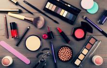 ¿Tienes maquillajes o  cremas que han caducado?
