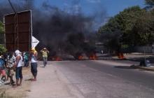 Autoridades controlan protesta de gasolineros en Riohacha