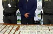 Detienen en Colombia a un mexicano que viajaba con 220.000 dólares
