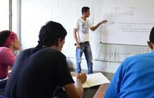Expertos recomiendan más formación docente para mejorar calidad educativa