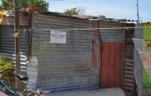 """El aviso de """"sellado"""" en el barrio 20 de Octubre fue puesto por la Secretaría de Salud de Santa Marta."""
