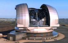 Presidenta de Chile encarga estudiar construcción de telescopio propio