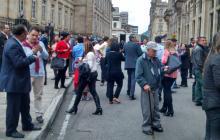 En el centro de Bogotá, varios trabajadores del sector público salieron a las calles.
