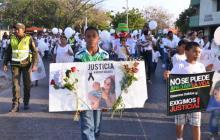 Un año después del asesinato de joven y su bebé no hay capturados