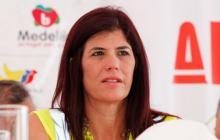 Ministra de Transporte anuncia que en 2016 los peajes serán electrónicos