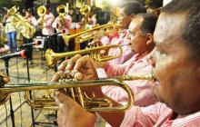 En la foto, la banda '12 de octubre de Caimito' en el escenario de la Plaza Majagual, en Sincelejo.