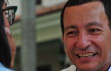 El cuentero bereber Mohamed Hammú durante la entrevista, en el Hotel del Prado.