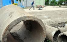 En varios sectores de Malambo hay tubería de cemento.