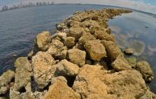 Listo primeros espolones que protegen costas de isla de Tierrabomba