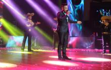 El champetero Óscar Prince hizo parte del 'show' musical en la entrega del galardón.