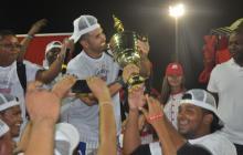 'Pipe' Urueta por fin pudo gritar campeón con los Caimanes