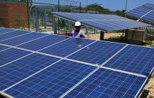 Panel solar construido por Technoelite en Uninorte.