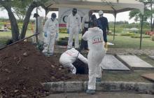 Exhuman restos de Lara Bonilla para establecer si hubo participación de agentes del Estado en su crimen