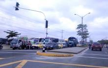 Reportan trancones en primer día de funcionamiento de semáforos