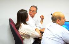 El anestesiólogo Fabio Vargas Lobo y la cirujana Damaris Romero Chamorro.
