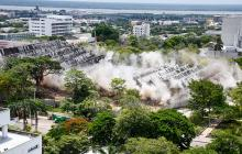 Con 50 kilos de explosivos entierran 55 años de historia