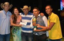 Los forasteros se llevaron la mayoría de los premios en el Festival del Porro