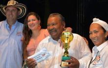 Forasteros se llevan mayoría de premios en el Festival del Porro