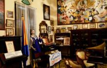 Una de las salas del museo en las que se observan cuadros de personajes de la época.
