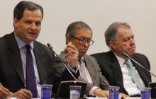 Sergio Jaramillo y Alejandro Ordónez en el debate de control político en Comisión Primera de la Cámara.