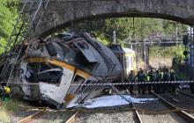 Cuatro personas mueren tras descarrilarse un tren en España
